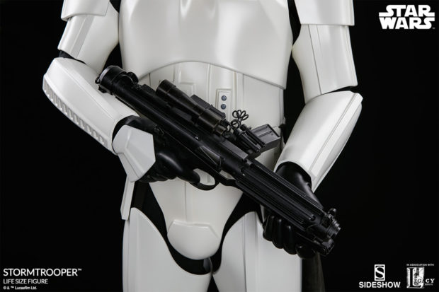 star_wars_stormtrooper_life_size_statue_sideshow_collectibles_11