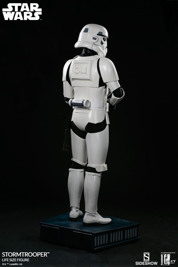 star_wars_stormtrooper_life_size_statue_sideshow_collectibles_4