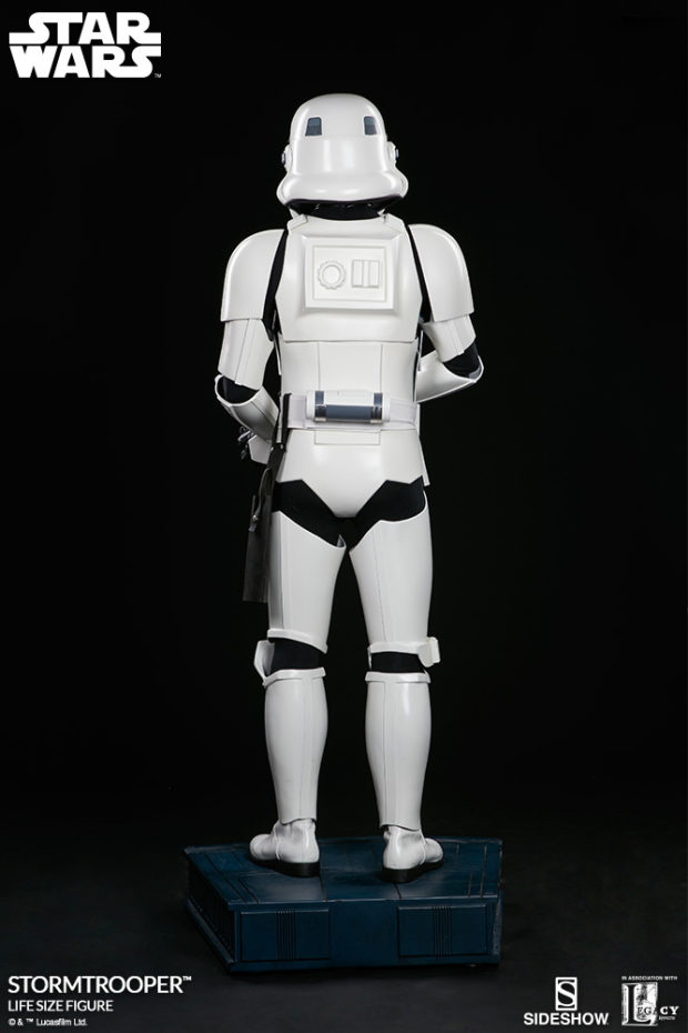 star_wars_stormtrooper_life_size_statue_sideshow_collectibles_5