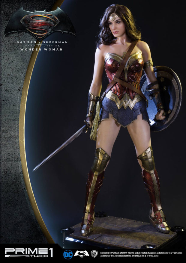 wonder_woman_batman_v_superman_dawn_of_justice_half_scale_statue_prime_1_studio_2