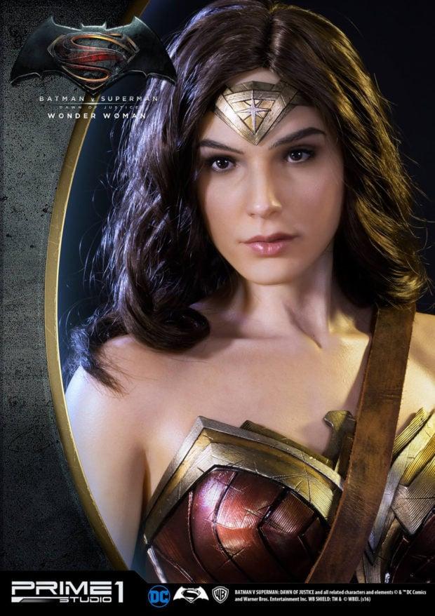 wonder_woman_batman_v_superman_dawn_of_justice_half_scale_statue_prime_1_studio_5