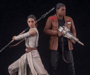 Kotobukiya ARTFX+ Force Awakens Rey & Finn Statues