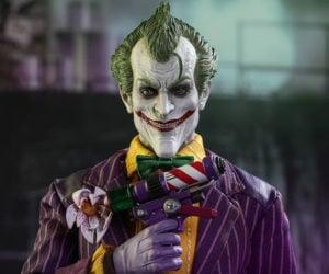 Hot Toys Batman: Arkham Asylum the Joker 1/6 Scale Action Figure
