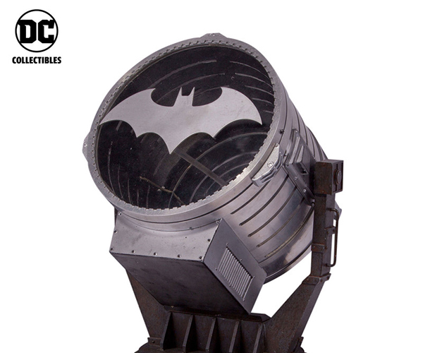 DC Collectibles Bat-Signal Prop Replica