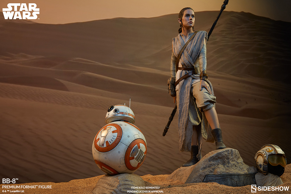 Sideshow Star Wars Force Awakens Rey & BB-8 Premium Format Figures