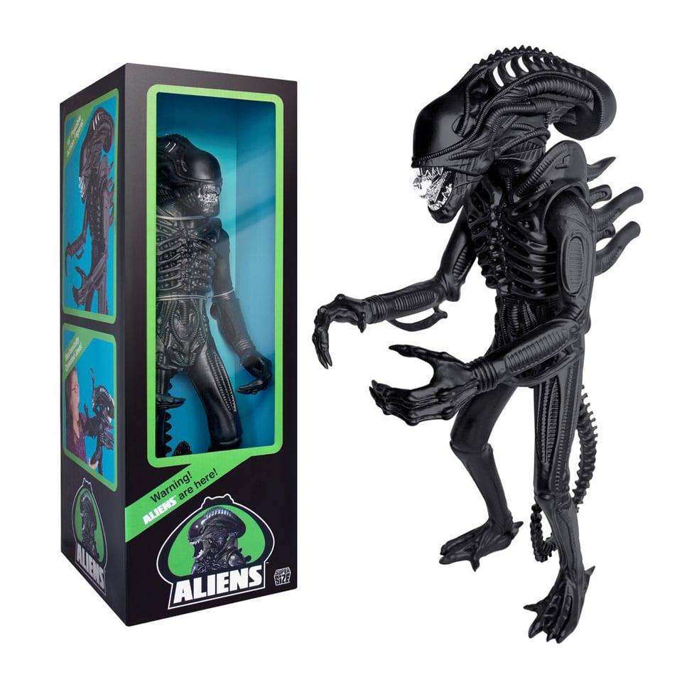 Super 7 Aliens Xenomorph Warrior 18″ Action Figure