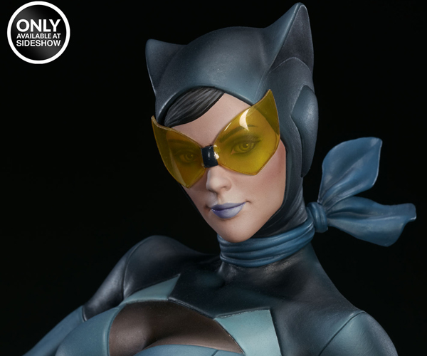 "Sideshow Catwoman Stanley ""Artgerm"" Lau Series Statue"