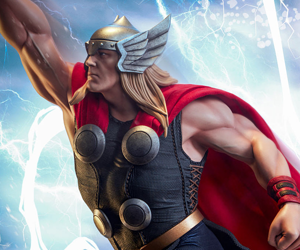 Sideshow Thor Avengers Assemble Statue