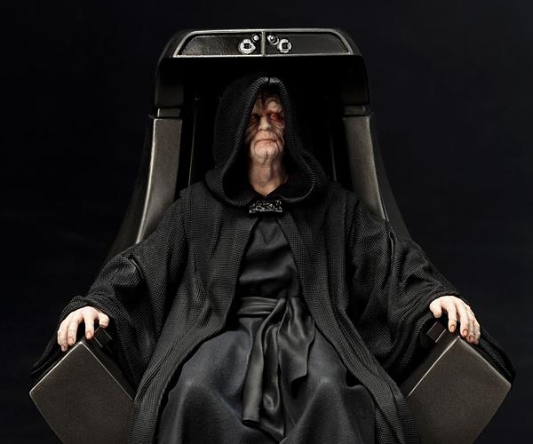 Kotobukiya Star Wars Emperor Palpatine ARTFX+ Statue