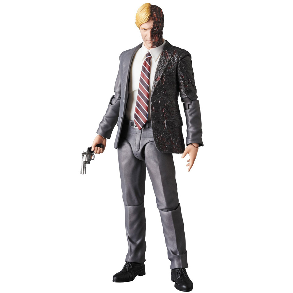 Medicom MAFEX Harvey Dent (Two-Face) Action Figure